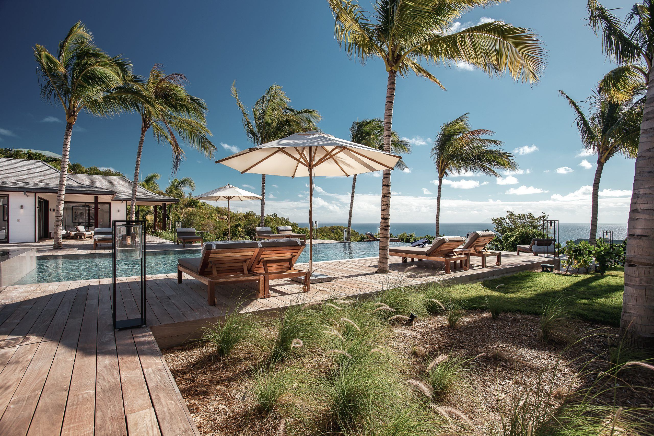 Blanc Bleu Villa Garden & Pool