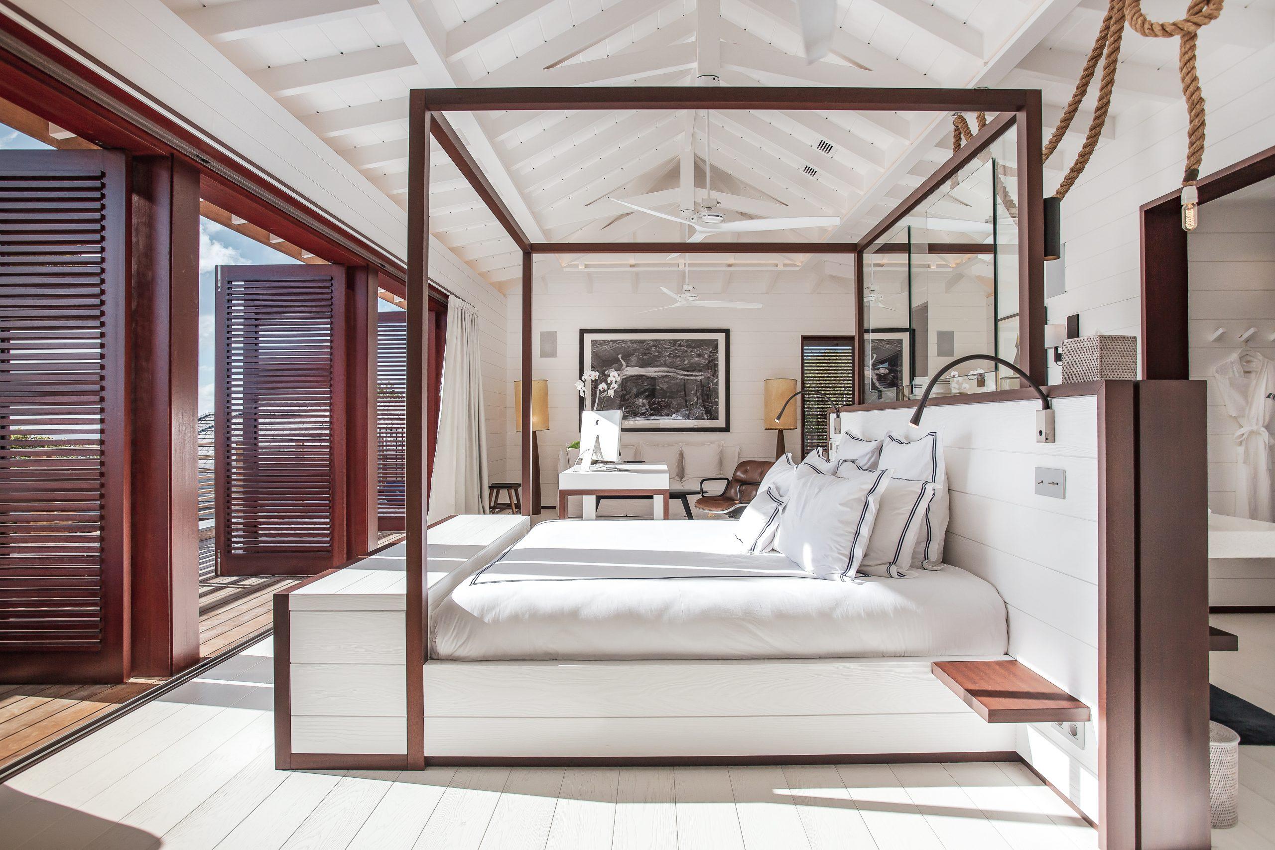 Villa Blanc Bleu Master Suite